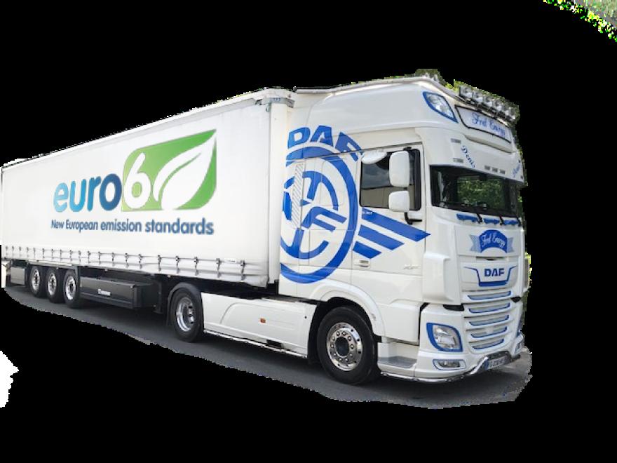 Image d'un camion avec le logo euro6
